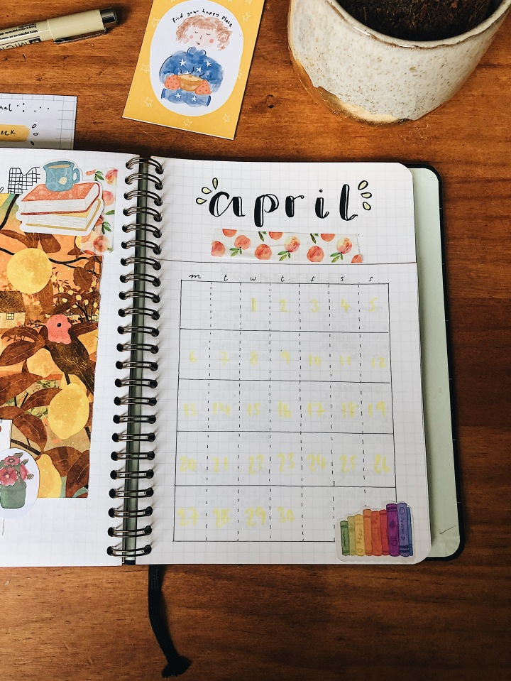 Monthly Set Up: How journaling can help your mental health